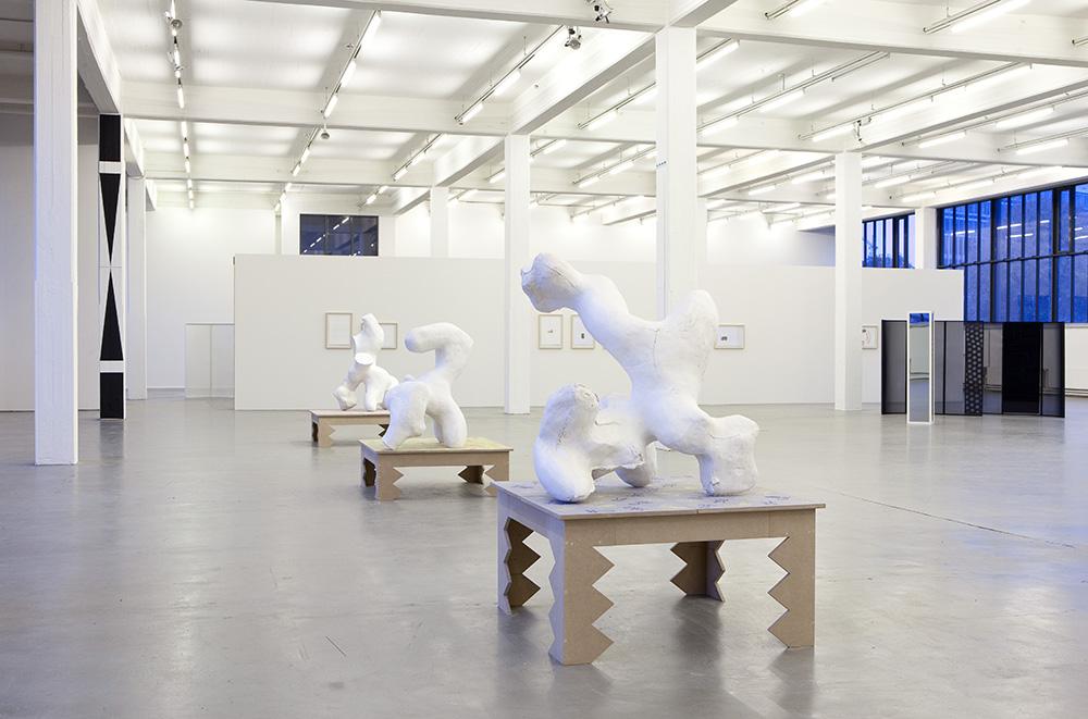 Space Between : Zwishcenraum, eine Ausstellung des Kunstverein Hamburg, Copyright photo: Fred Dott, Oktober 2010